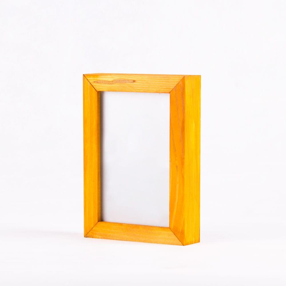 قاب عکس چوبی سایز4